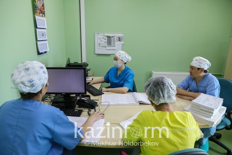 Трое жителей Алматинской области с менингококковой инфекцией пошли на поправку