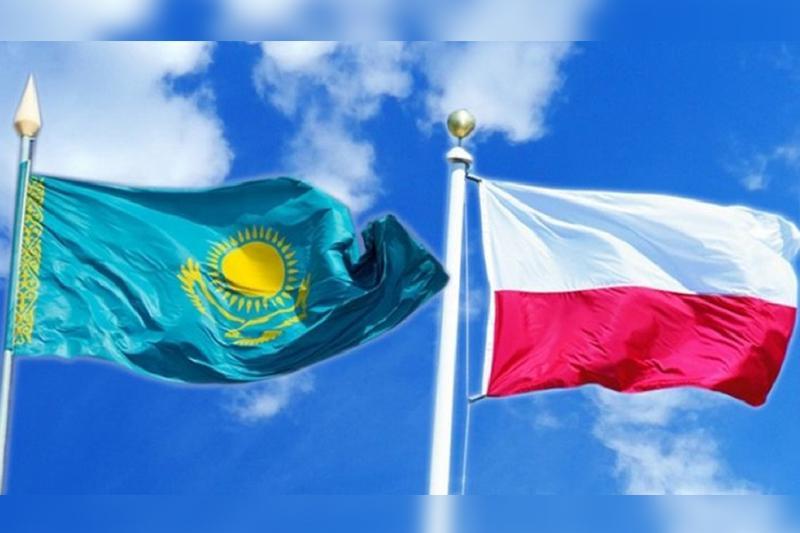 Секретарь Совбеза Казахстана встретился с директором Бюро нацбезопасности Польши