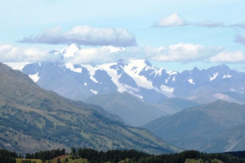 Впервые в Казахстане международная экспедиция совершит восхождение на гору Белуха