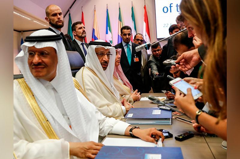 Страны ОПЕК одобрили рост добычи на 1 млн баррелей в сутки