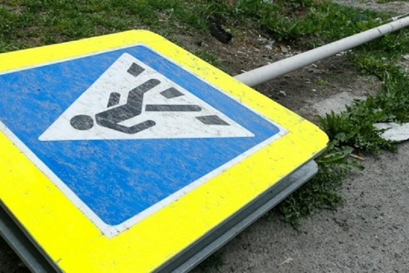 Автомобиль департамента госдоходов сбил пешехода в Кокшетау