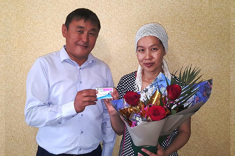Женщина родила на автозаправке в Атырауской области