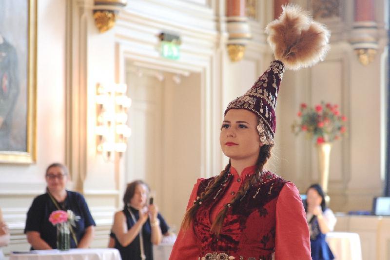 """""""时尚与舞台""""国际艺术节在奥斯陆举行 庆祝阿斯塔纳20周年"""