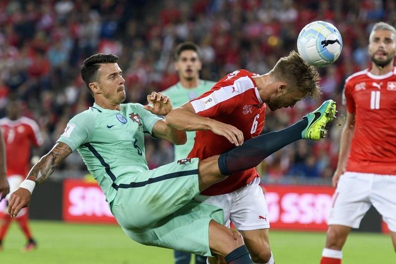 Португалия Уругваймен кездесу алдында стандарттар кезінде қорғануды пысықтап жатыр