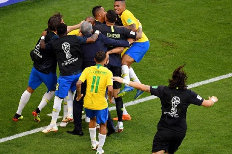 ӘЧ-2018: Бразилия Мексиканы жеңіп, ширек финалға шықты
