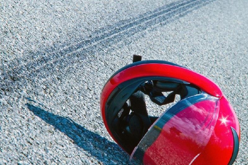 37-летний мотоциклист разбился на трассе в Акмолинской области