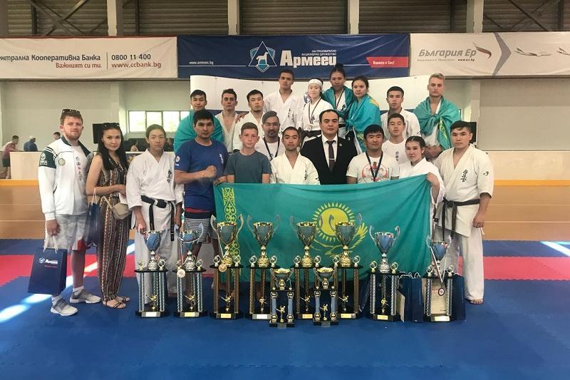 «Золото» международного турнира выиграла акмолинская каратистка