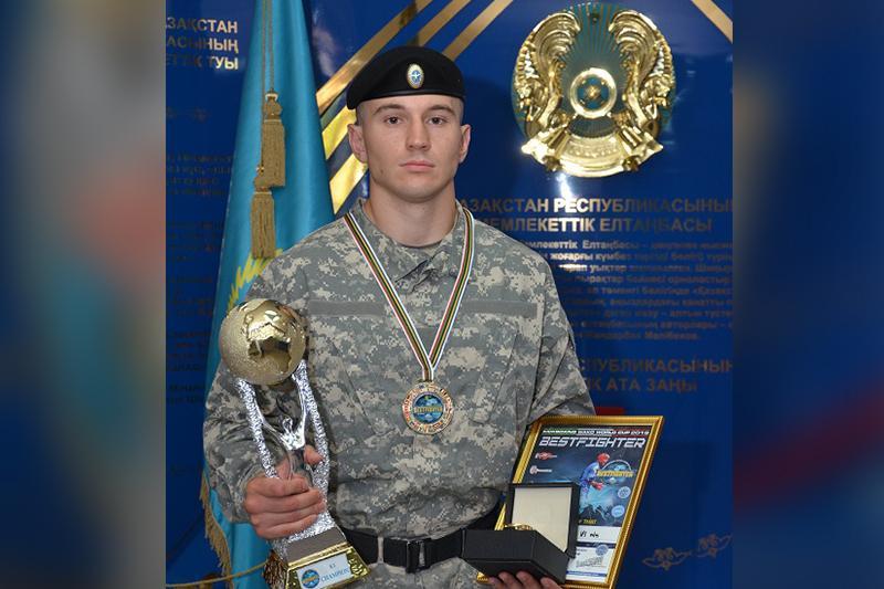 Карагандинский полицейский завоевал «золото» на ЧМ по кикбоксингу