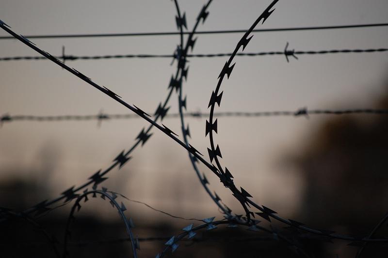 Предложивший взятку заключенный заплатит штраф в Акмолинской области
