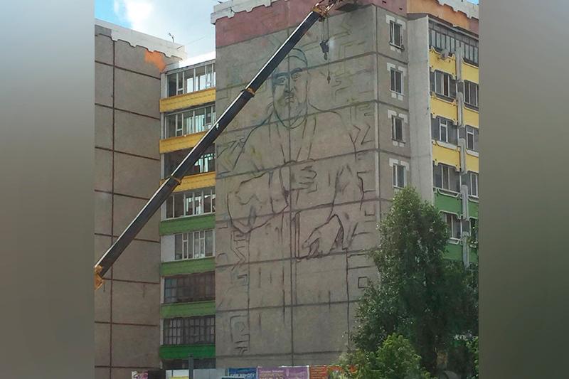 Костанайскую девятиэтажку украсит портрет Абая Кунанбаева