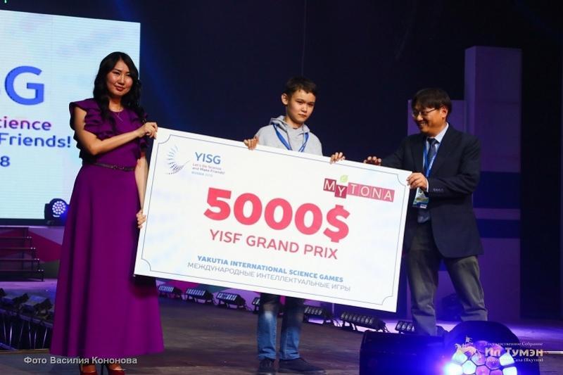Казахстанский школьник выиграл 5 тысяч долларов за изобретение для немых