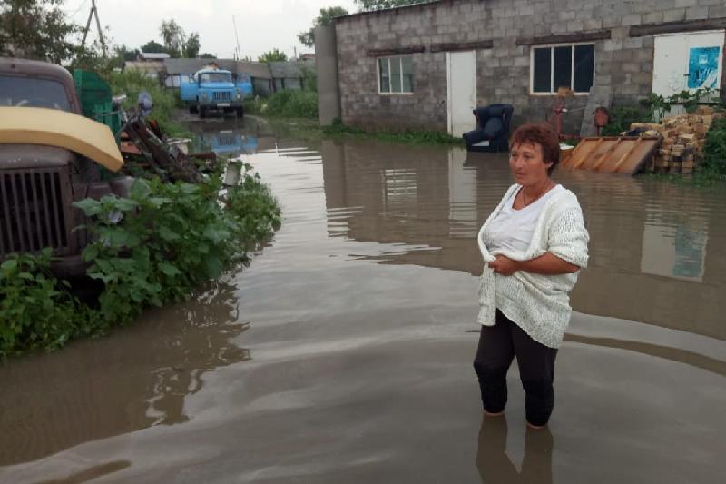 Последствия сильного ливня ликвидируют в Павлодаре