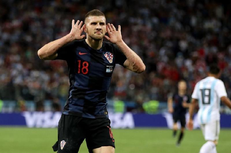 Хорватиялық футболшы барлық ауылдастарының несиесін жауып берді