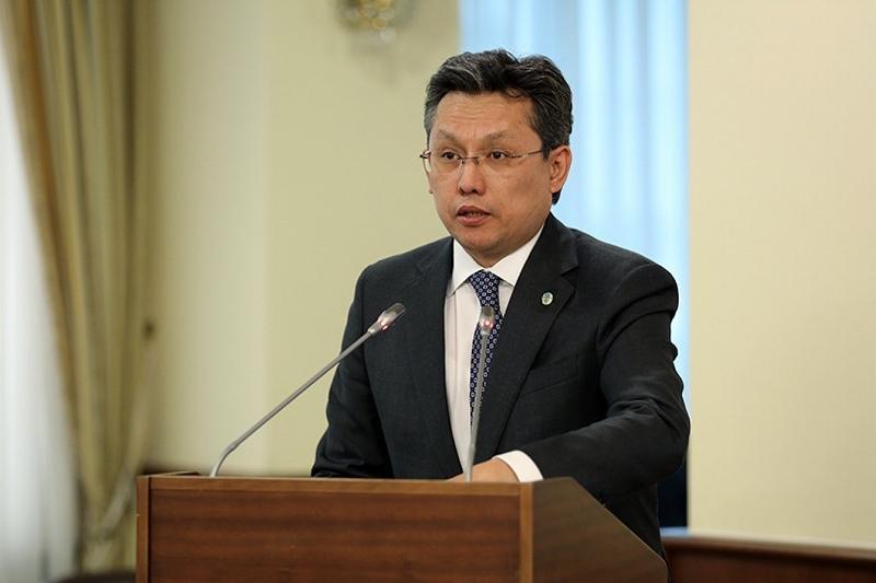 Бахыт Султанов высказал претензии к ряду министерств