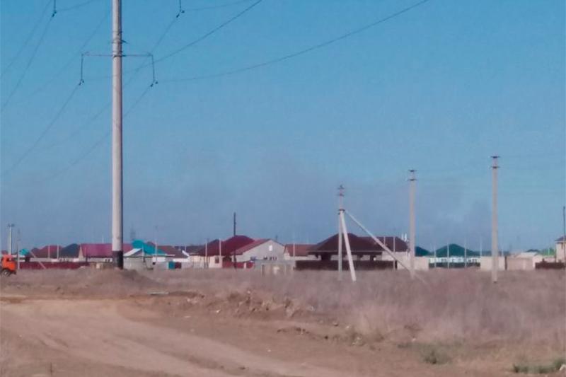 На Каспии продолжает гореть природный резерват
