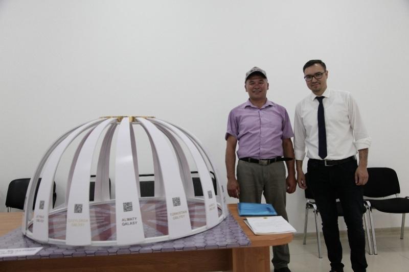 Cтилизованные юрты делает мастер из Кокшетау