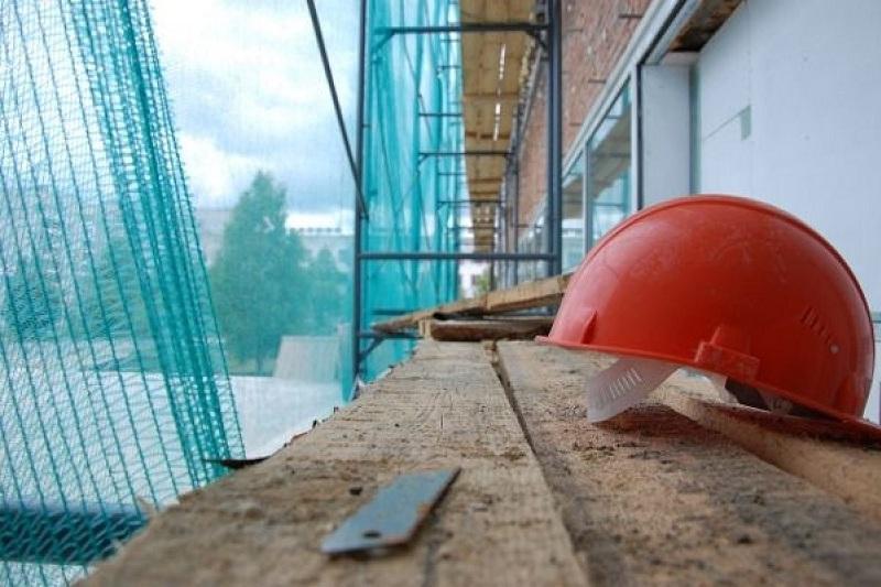 58-летний строитель упал с 5 этажа и погиб в Кокшетау