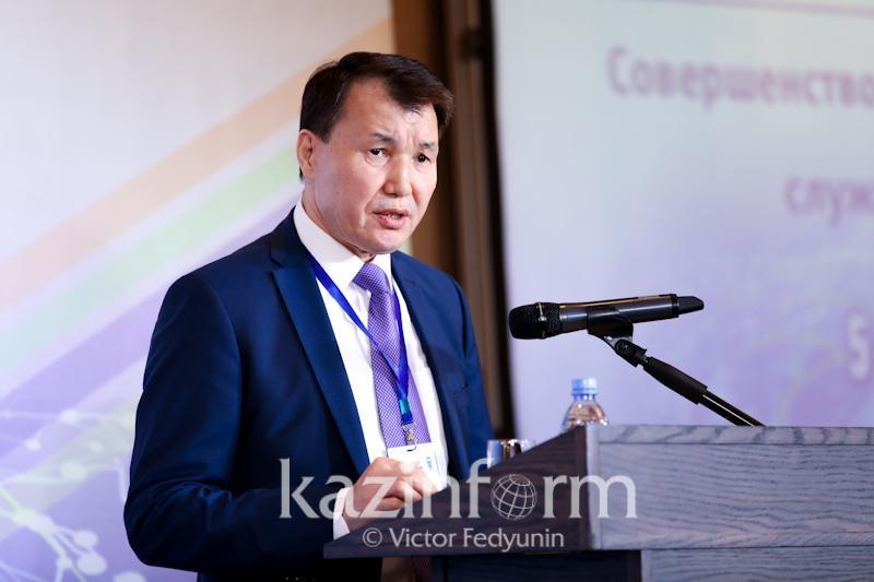 Алик Шпекбаев министрлерге жемқорлықты ашып айтуды ұсынды