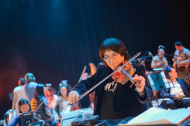 «Астану» на «Тур де Франс» поддержал казахстанский скрипач-виртуоз