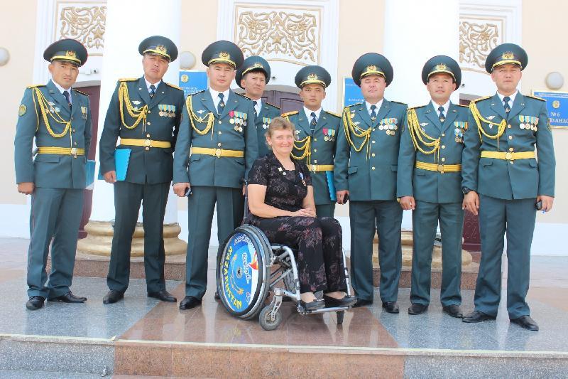 Зүлфия Габидуллина әскерилердің марафонын ашып берді