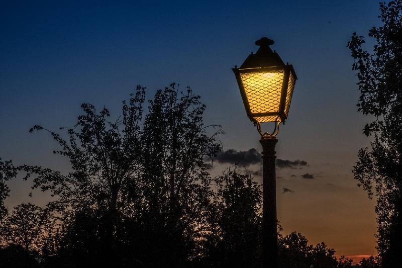 Предприниматель проведет освещение в одном из сел Атырауской области