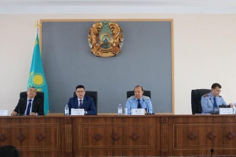 Череду разбойных нападений обещал остановить глава ДВД Жамбылской области