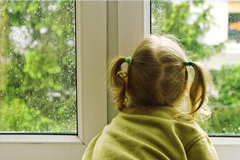 Шестилетняя девочка выпала из окна в Таразе