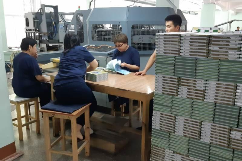 О подготовке новых учебников рассказали в Алматы