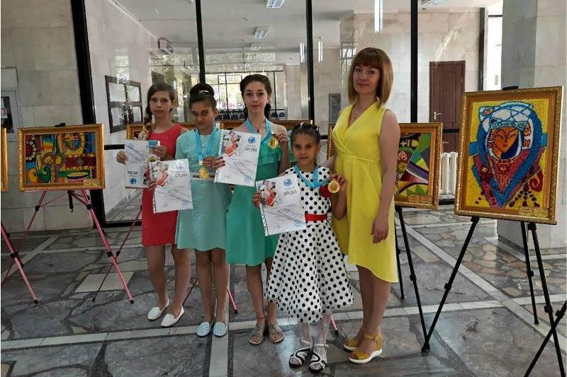 Более 60 наград завоевали детские коллективы Экибастуза на международных конкурсах