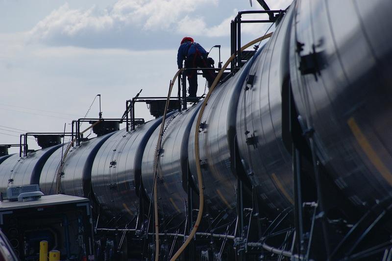 能源部部长谈国内汽油库存情况