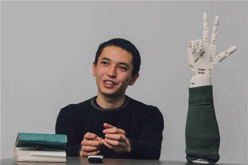Казахстанец разрабатывает бионические протезы, в десятки раз дешевле зарубежных аналогов
