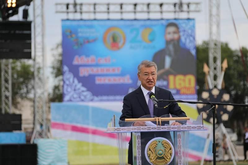 160-летие Шакарима отметили на его родине в Восточном Казахстане