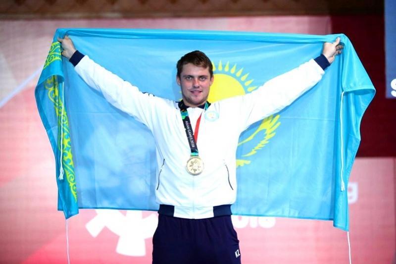 Казахстанский шпажист Алексанин стал чемпионом Азиады-2018