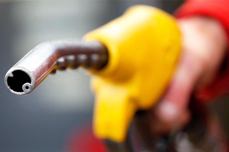 哈萨克斯坦将对进口俄罗斯汽油施以3个月禁令