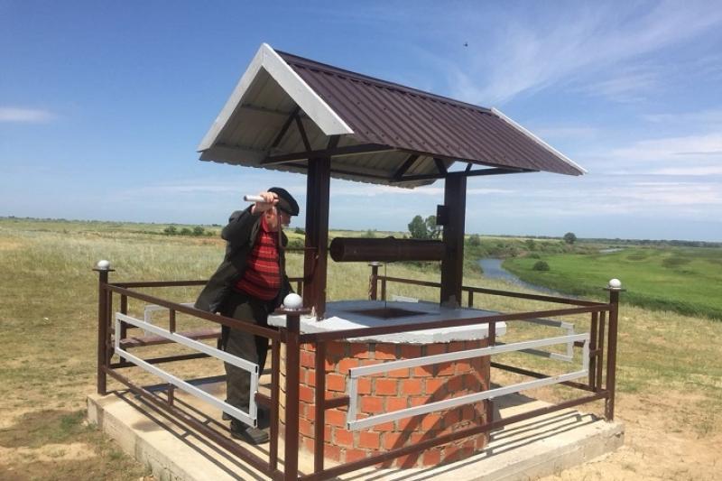 Жители Павлодарской области построили колодцы у святых источников