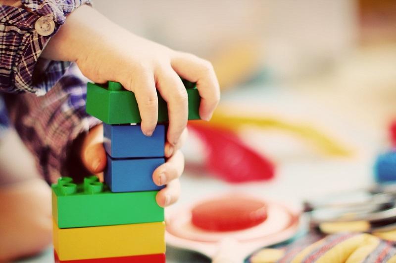 Как устроить ребенка в детский сад или в школу в Алматы