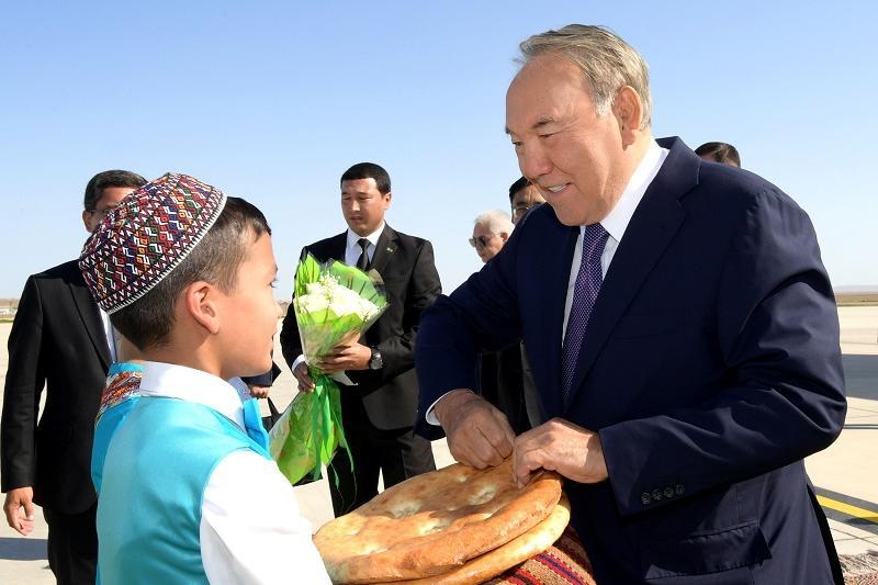 Елбасы Түрікменстанға сапармен барды