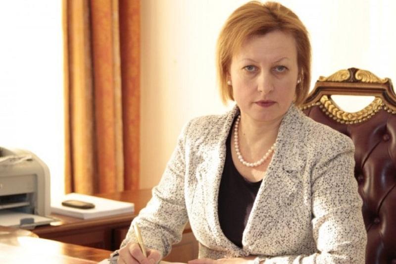 Елена Бахмутова покинула пост главы Фонда соцмедстрахования