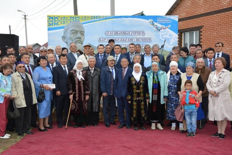 Улицу имени великого казахского бия открыли в Кокшетау