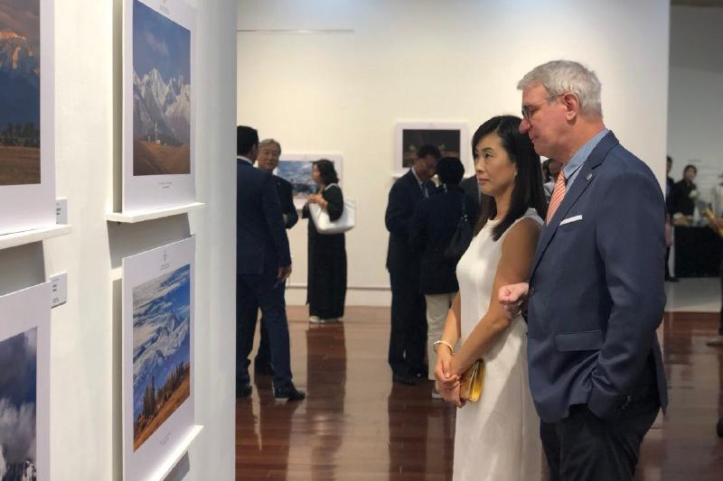 Seoul hosts photo exhibition depicting Kazakhstan