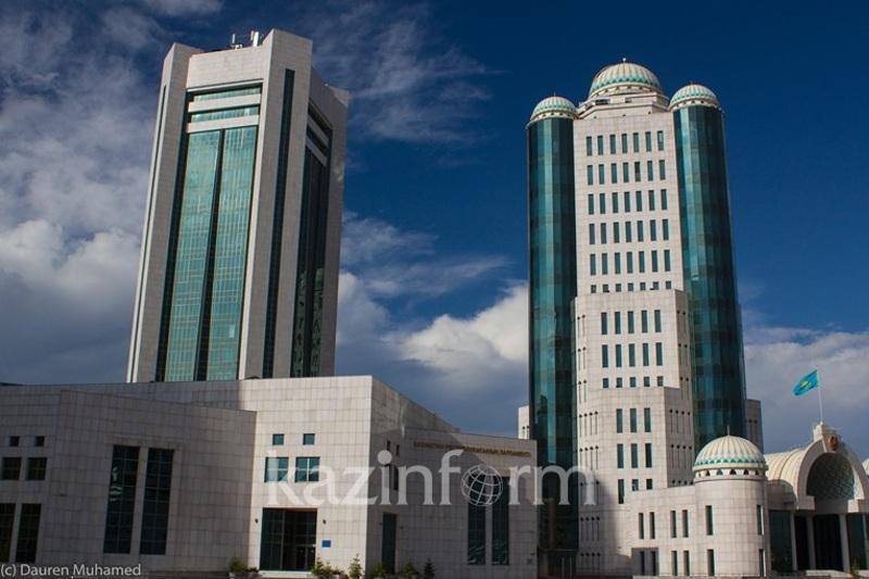 В столице началось совместное заседание палат Парламента РК