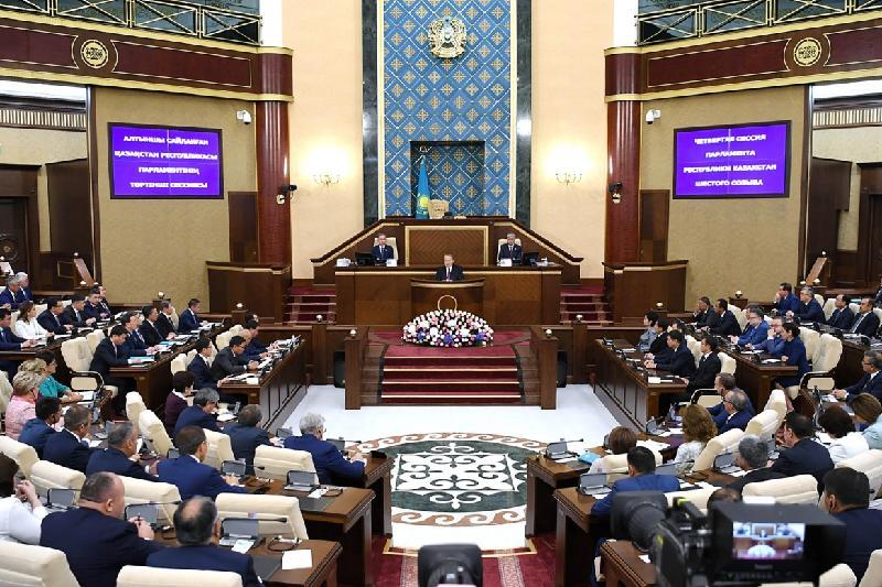 Полный текст выступления Президента на открытии четвертой сессии Парламента РК шестого созыва