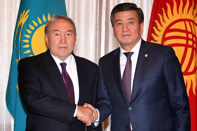 Нурсултан Назарбаев встретился c Сооронбаем Жээнбековым