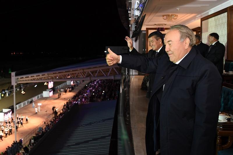Нурсултан Назарбаев посетил церемонию открытия Всемирных игр кочевников