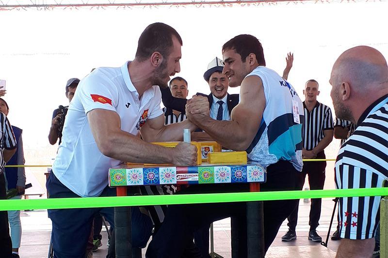 Kazakh arm wrestling team leads at World Nomad Games