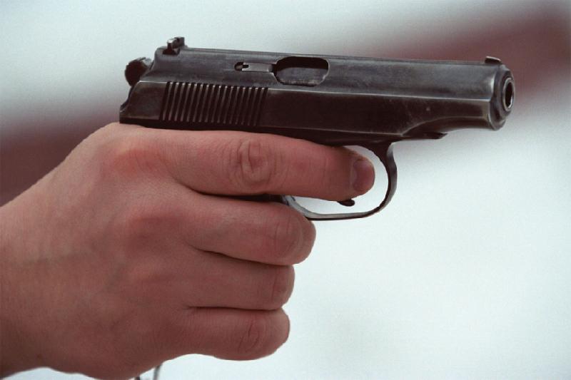 Ақтөбеде полиция пышақ ала жүгірген жүргізушіге қарсы қару қолданды
