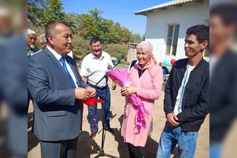 Түркістан облысында жуырда дүниеге келген үшемнің отбасы баспаналы болды