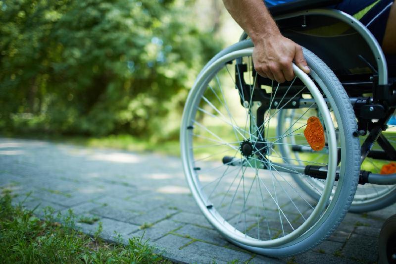 В Казахстане ежегодно порядка 50 тыс лиц признаются инвалидами - Минтруда