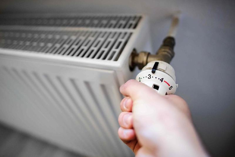 Соцобъекты начали подключать к теплу в Павлодаре