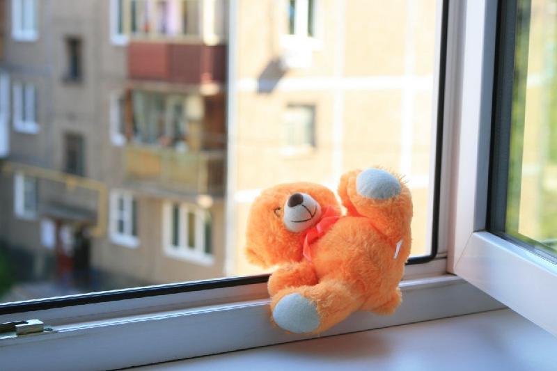 2-летний ребенок насмерть разбился в Петропавловске